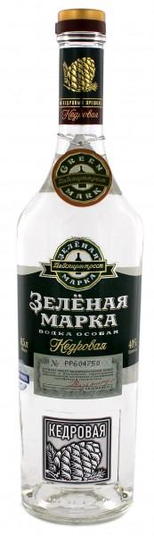 Green Mark Cedar Nut Vodka 0,5L